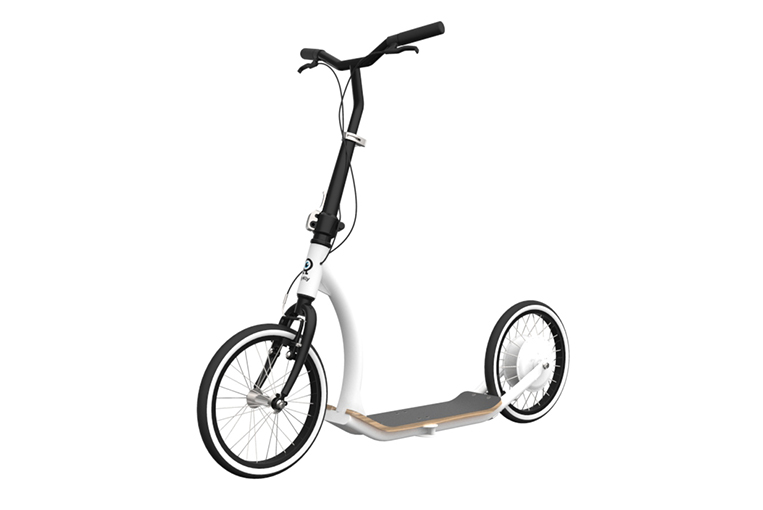 A shot showing the FlyKly scooter's design